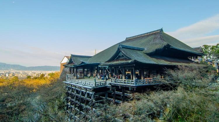 京都・清水寺から「金閣寺(金閣寺道バス停)」までのタクシーの「料金・距離・所要時間」