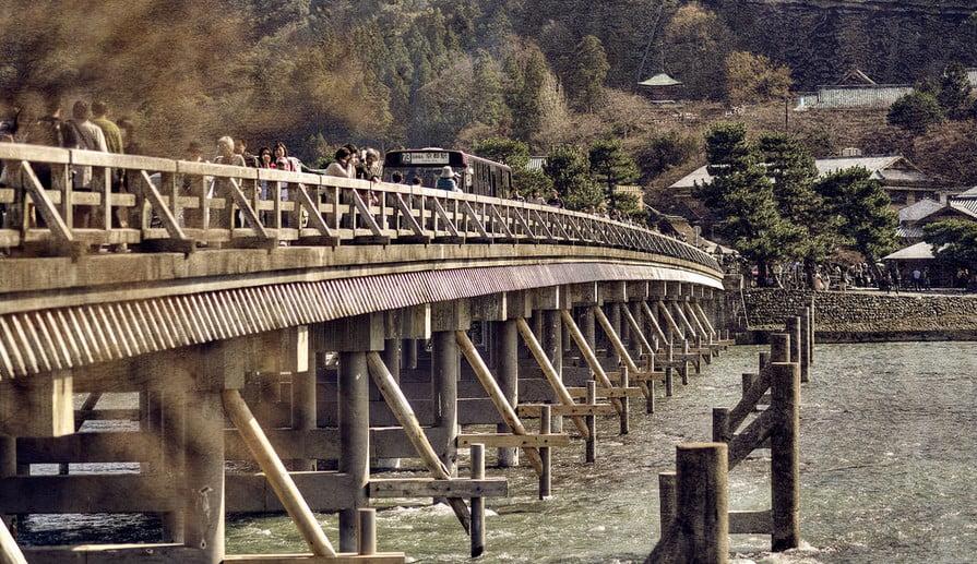 嵐山から金閣寺へのアクセス・行き方「バス・電車・車」