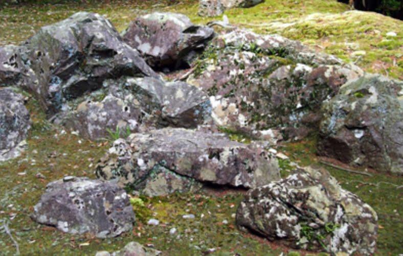 西方寺 座禅石